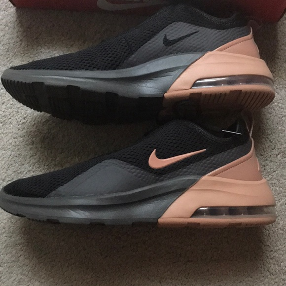 Nike AirMax Motion 2 worn once, great condition!